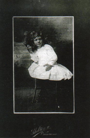Grandma Iris - Sweden - About 6 years old - Hultgren Photography